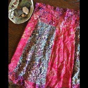Indonesian rayon batik patchwork skirt 🌺🔮